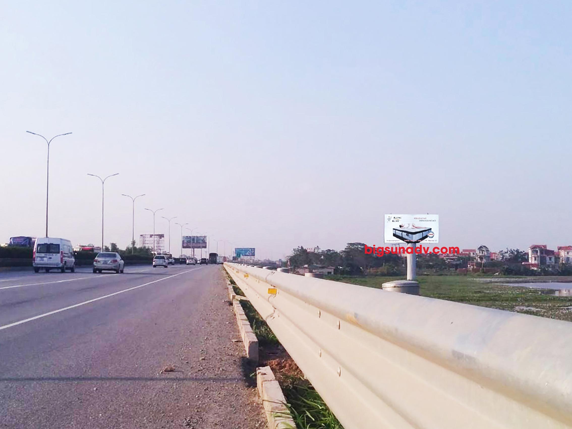 Quảng cáo nhãn Everon tại cao tốc Pháp Vân - Cầu Giẽ