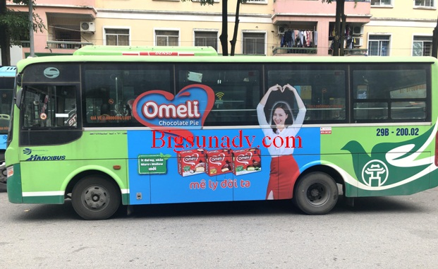 Quảng cáo cho nhãn hàng Omeli