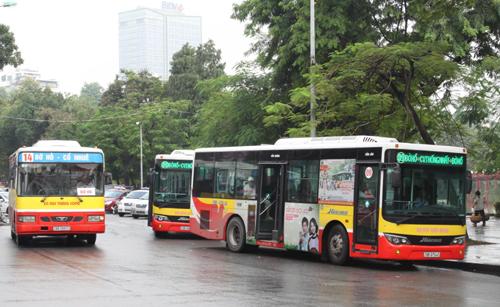 TP HCM cho phép quảng cáo trên xe buýt sau nhiều năm cấm